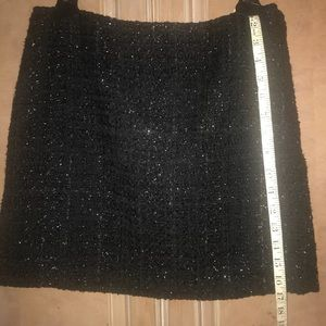 Black mini skirt with chaining threads wool tweed